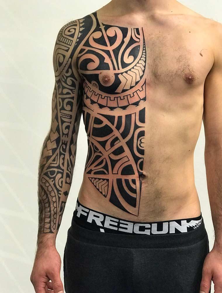polinesiano tattoo milano Hive art gallery